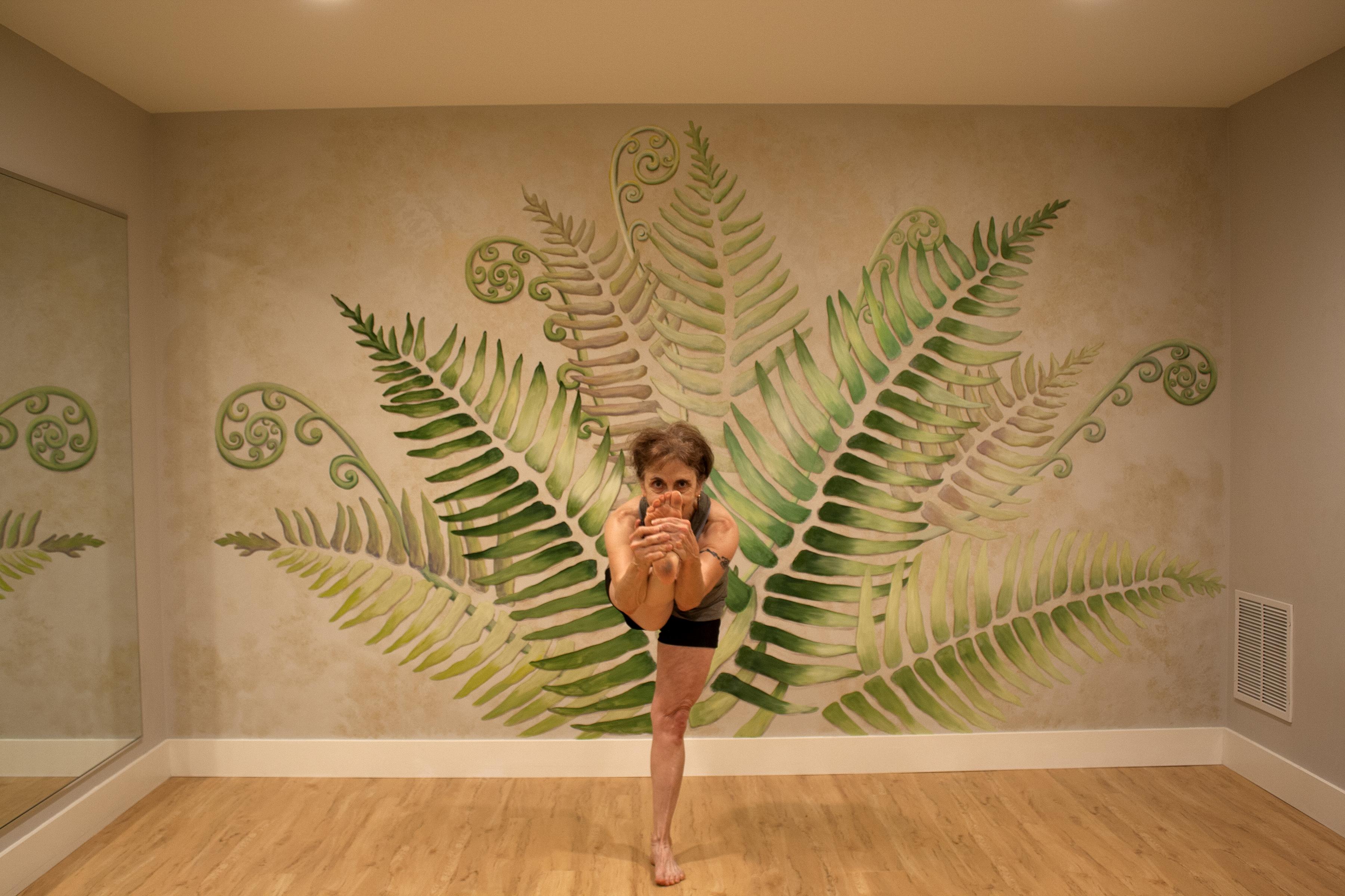 The Story Behind Susan Kriegs Yoga Paintings